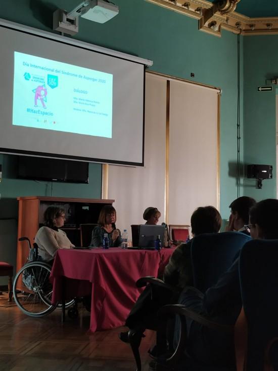 Diálogo sobre normativa española TEA